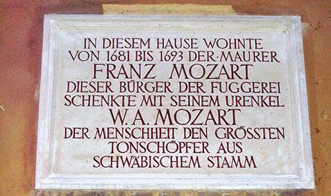 La targa commemorativa di Franz Mozart
